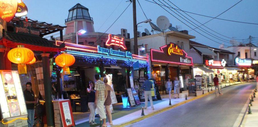 sidari-shops